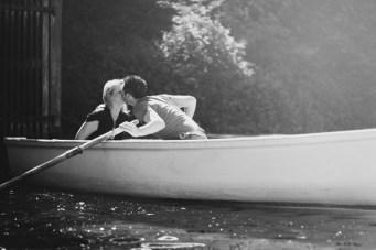 Love On The Lake: Row Boats & Dip Kisses