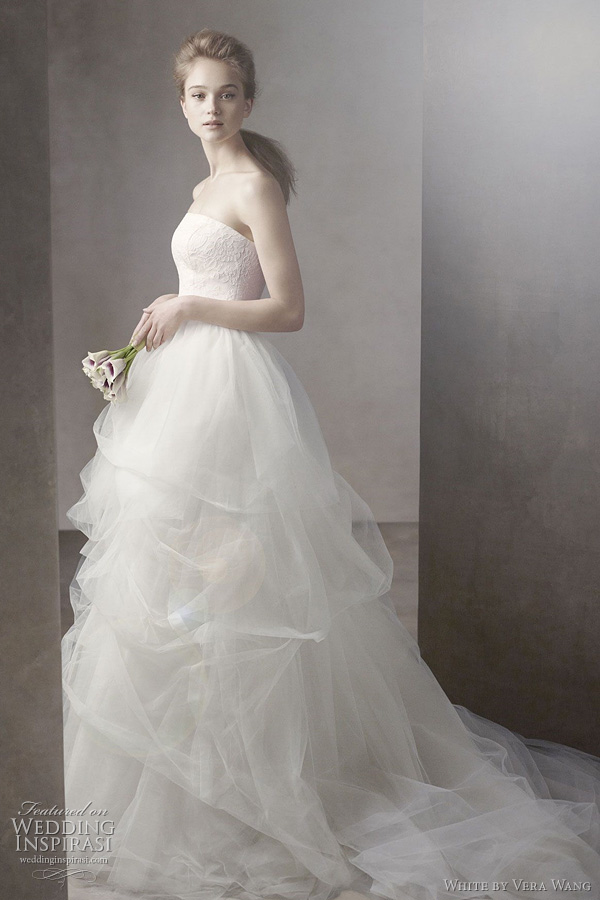 white by vera wang fall 2011 introducing affordable bridesmaids dresses shoes bridal. Black Bedroom Furniture Sets. Home Design Ideas