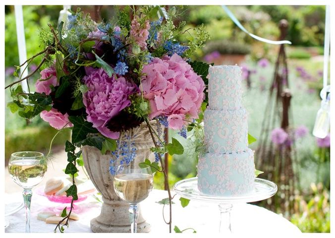 Secret Garden Theme: An Enchanting Secret Garden Inspiration Shoot: Lovely In