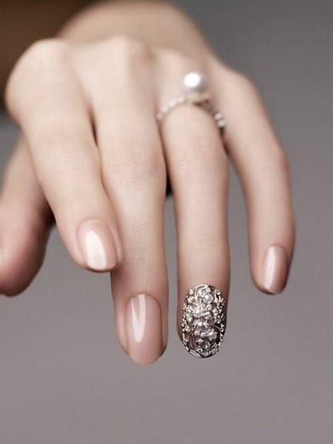 Acrylic Nails vs Gel Nails - A Horror Story {Bridal Beauty School