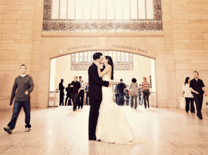 The Kiss: Time Lapse Wedding Trailer by Studio 1208