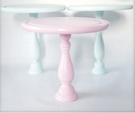 Wedding Cake Stands: Buy or DIY?