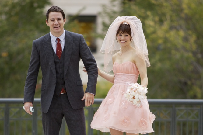 The Vow Wedding Scene | Rachel McAdams short pink wedding dress and veil
