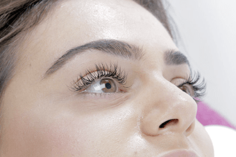 Eyelash Extensions For Your Wedding: Boudoir Lashes Review