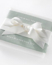 Pretty And Practical Wedding Gifts + Oh So Chic Place Settings