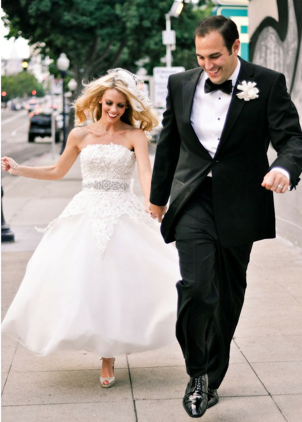 glamourous bride in Justin Alexander wedding dress