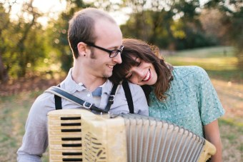 Sweet Engagement Shoot With Southern Charm & Vintage Style