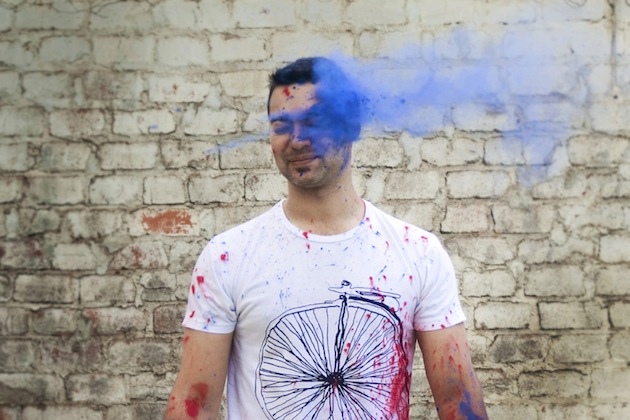 Colourful Holi Powder Engagement Shoot by C J Williams Photography (2)