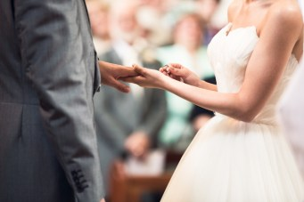 A Musical & Moving Wedding Ceremony As Told By The Wedding Reporter