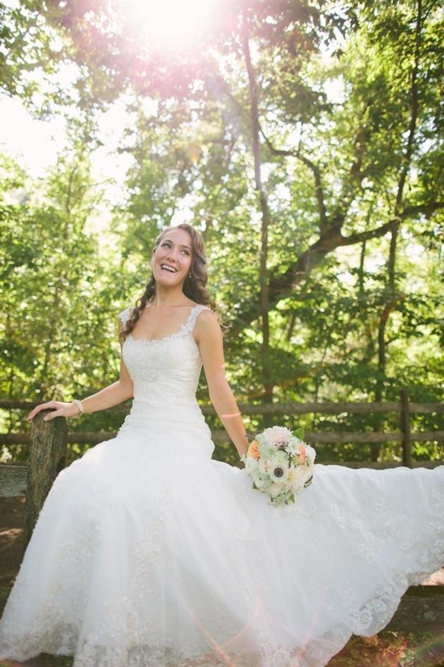 Rustic Lace Wedding Dresses