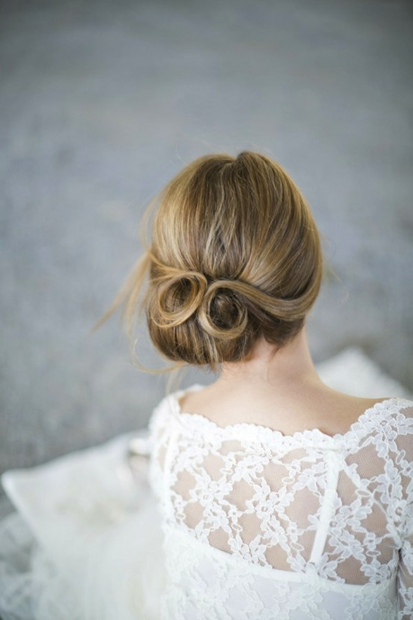 The Pin-Curl Twist Wedding Hairstyle | Bride Sparkle