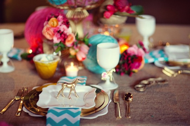 chevron, fushia, turquoise and gold place setting sarah_yates_photography