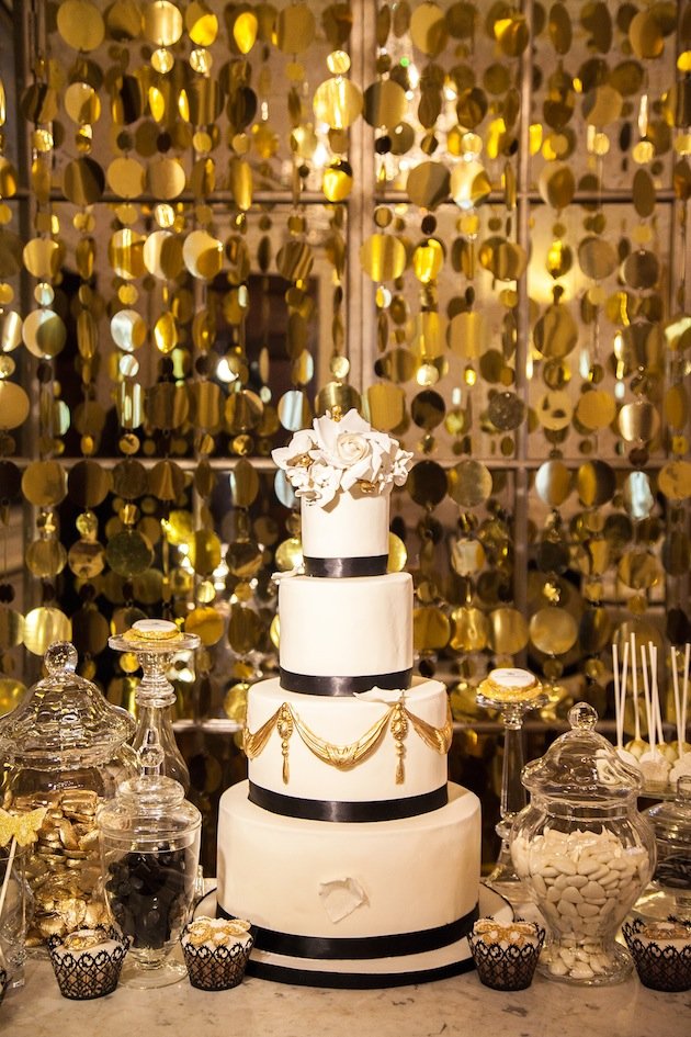black and gold wedding cake table black and gold wedding inspiration 11814