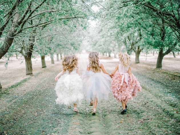 Couture Flower Girl Dresses by Amalee Accessories | Mariel Hannah Photography 17