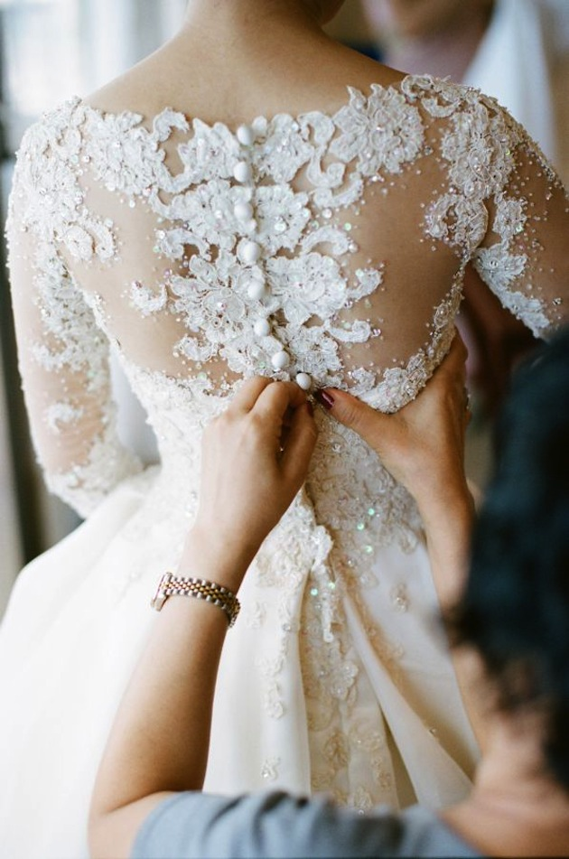 Expert wedding planning tips wedding timings for Lace wedding dress with pearls