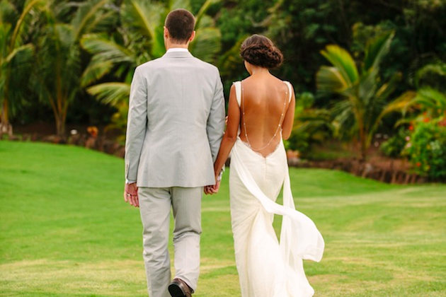 pastel wedding in Hawaii | What A Day Photography | Bridal Musings