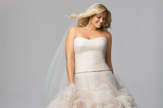 top 10 plus size wedding dress designers by Pretty Pear Bride (1)