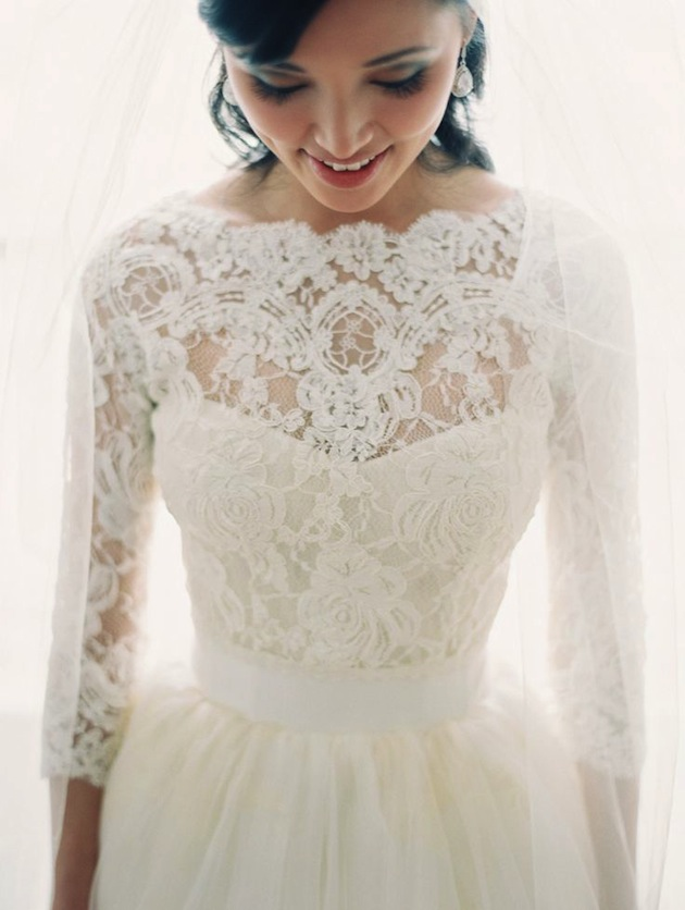 Bridal Lace Wedding Dresses With Long Sleeves 100