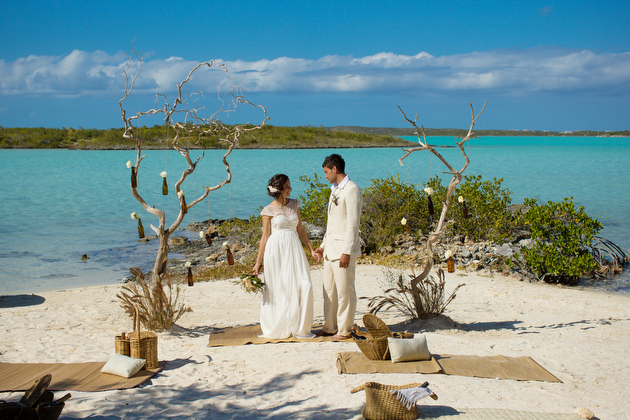 Rustic beach wedding inspiration shoot in the turks and caicos for Turks and caicos destination wedding