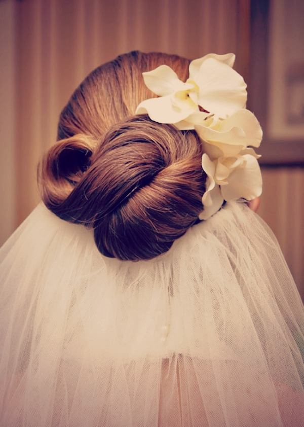 Wedding Makeup The Knot : Wedding Hair Inspiration; The Infinity Knot - Bridal ...
