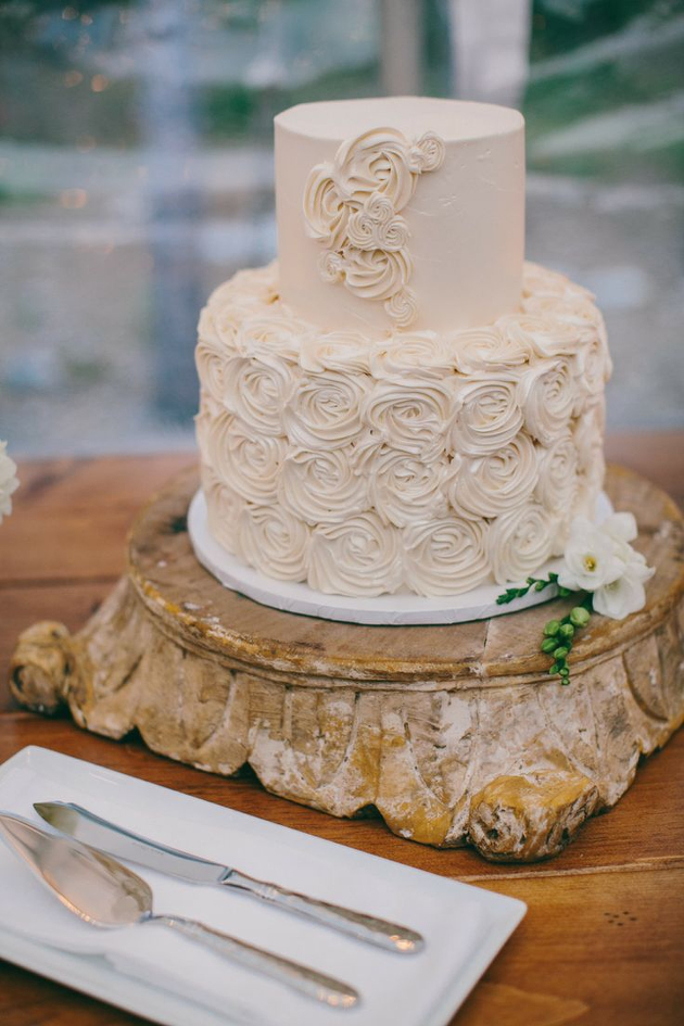 Three Tiered And Trendy Chic Wedding Cakes For 2014