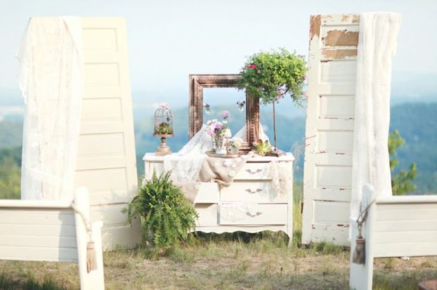 Beautiful Backdrop Ideas | Bridal Musings 1