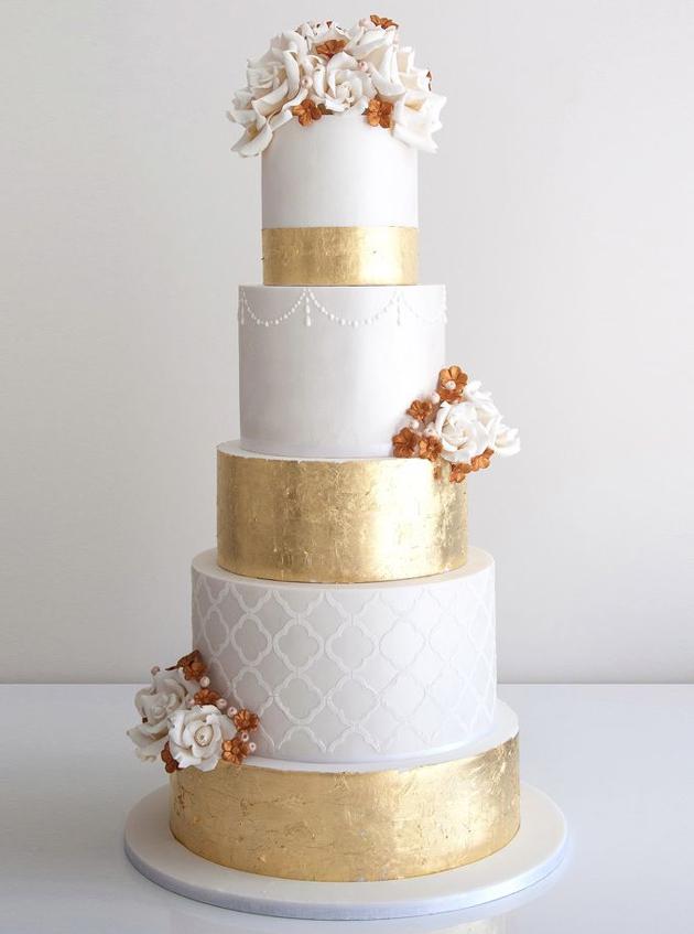 metallic cakes