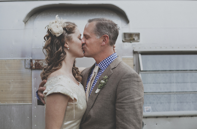Trailer Park Wedding | Terra Rothman Photography | Bridal Musings Wedding Blog42