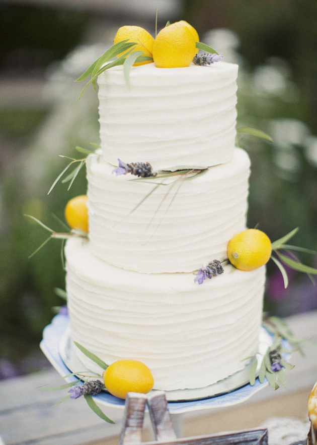 Buttercream Wedding Cakes | Ivory and Rose Cake Company | Bridal Musings Wedding Blog 4