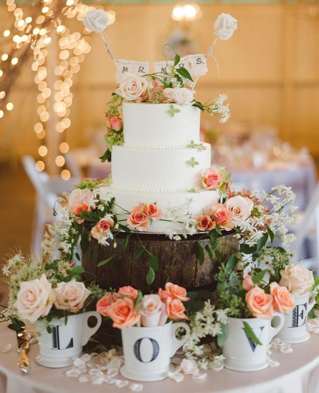 Buttercream Wedding Cakes | Ivory and Rose Cake Company | Bridal Musings Wedding Blog 6