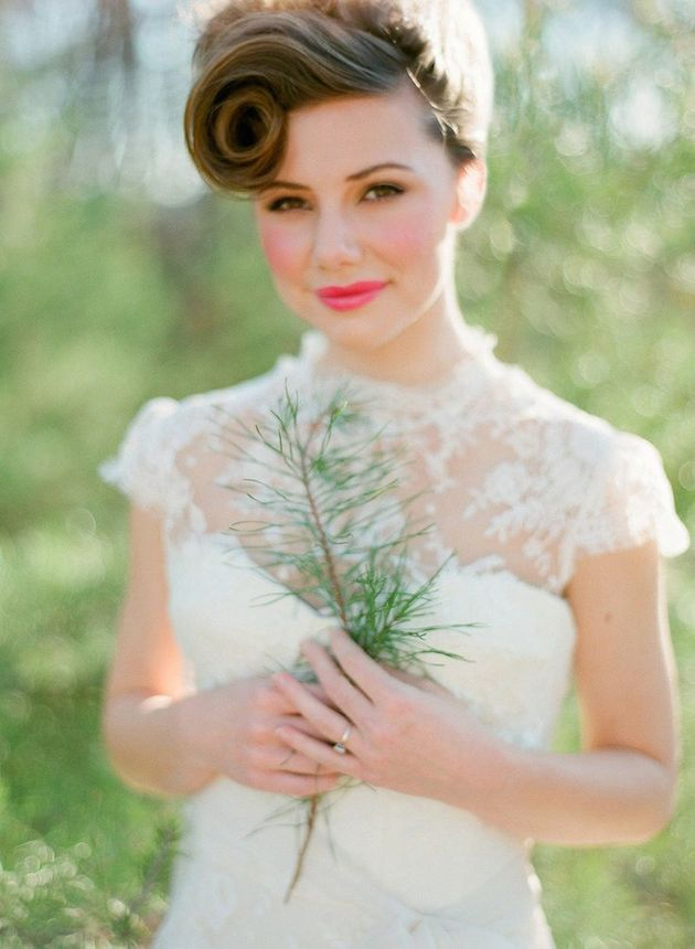 30 Ways To Style Short Hair for Your Wedding  Bridal Musings