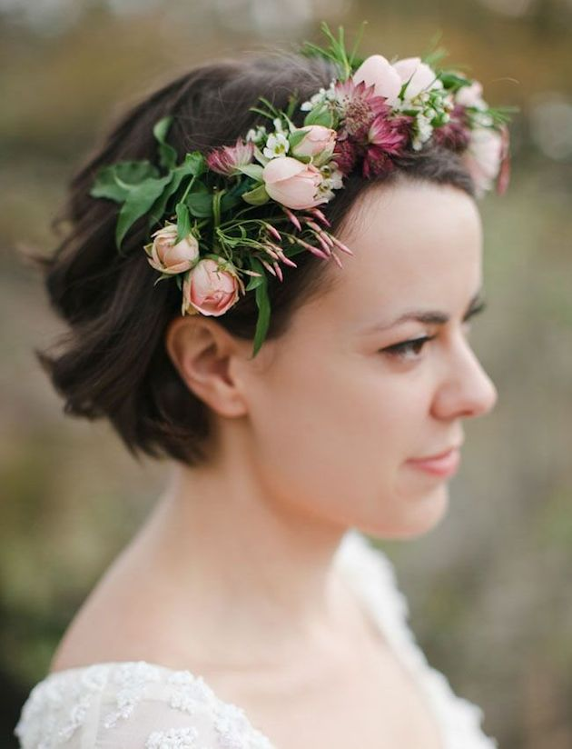 How to Wear a Bob for your Wedding | Bridal Bobs | Bridal Musings Wedding Blog 36