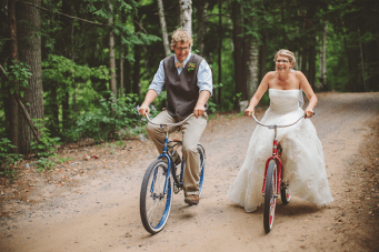 Sweet Summer Camp Wedding with the Cutest First Look Pictures Ever