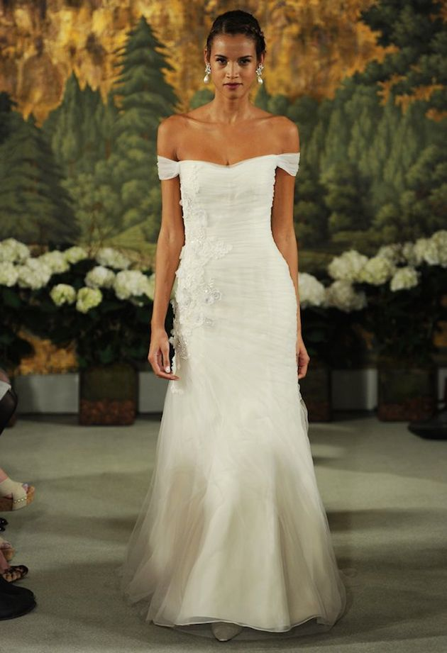 10 Romantic Off-The-Shoulder Wedding Dresses