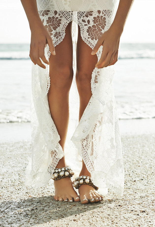 Barefoot Beach Brides | Bridal Musings Wedding Blog 1