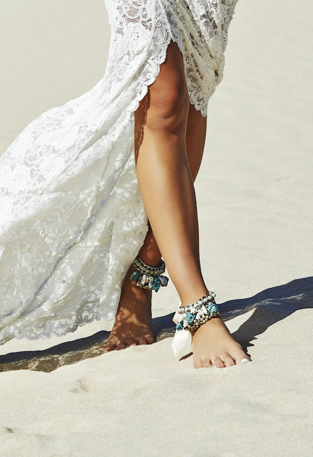 Barefoot Beach Brides | Bridal Musings Wedding Blog 3