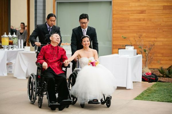 Beautiful Father of the Bride (and Groom) Moments | Bridal Musings Wedding Blog 15