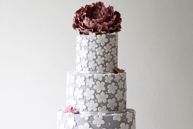 Textured-Wedding-Cakes-Ivory-and-Rose-Cake-Company-Bridal-Musings-Wedding-Blog-1