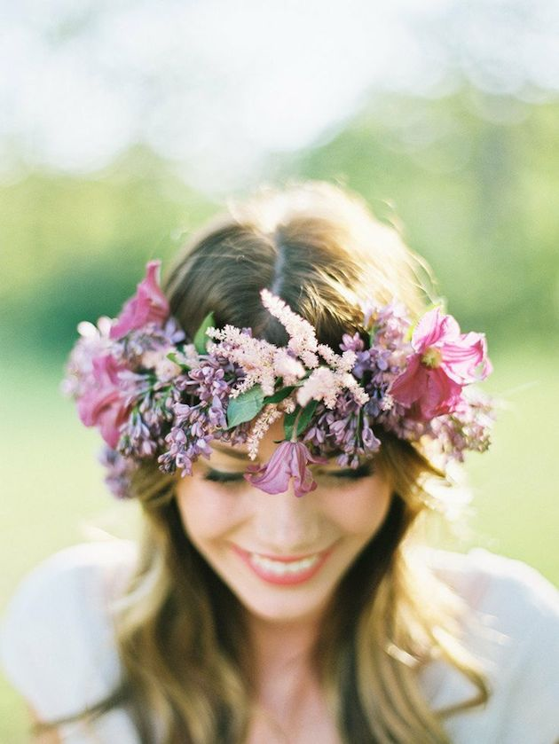 15 ideas for Fresh Flower Wedding Hair | Bridal Musings Wedding Blog 3