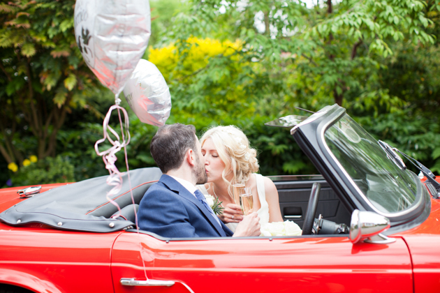Charming English Coutryside Wedding | Helen Cawte Photography | Bridal Musings Wedding Blog 30