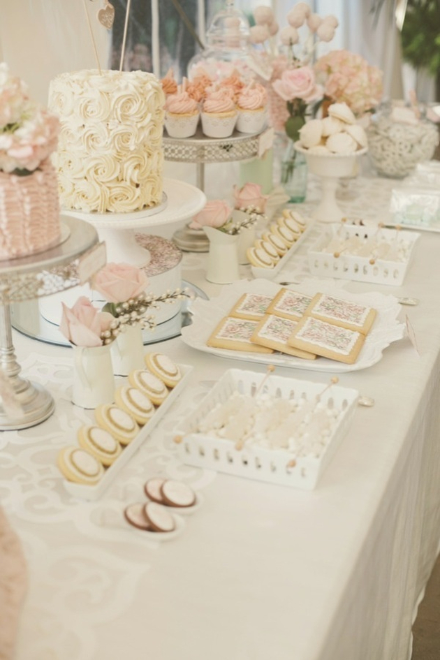 2014 Wedding Cake Trends 7 Dessert Tables