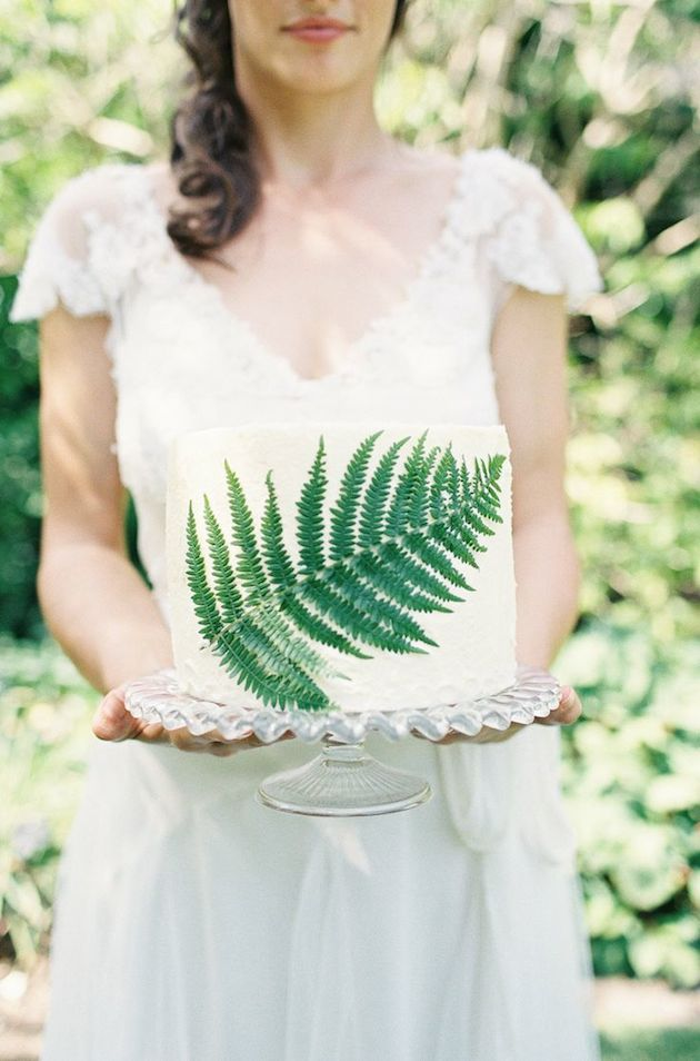 Foliage is the new Flowers | Bridal Musings Wedding Blog 02