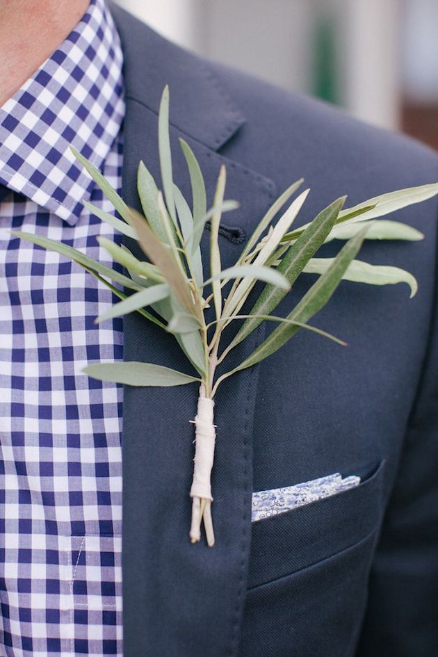 Foliage is the new Flowers | Bridal Musings Wedding Blog 15
