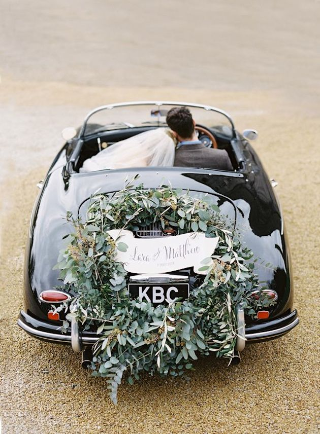 Foliage is the new Flowers | Bridal Musings Wedding Blog 3