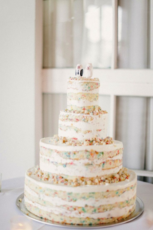 The top 10 fun & fabulous wedding confetti ideas! - Confetti Wedding Cake