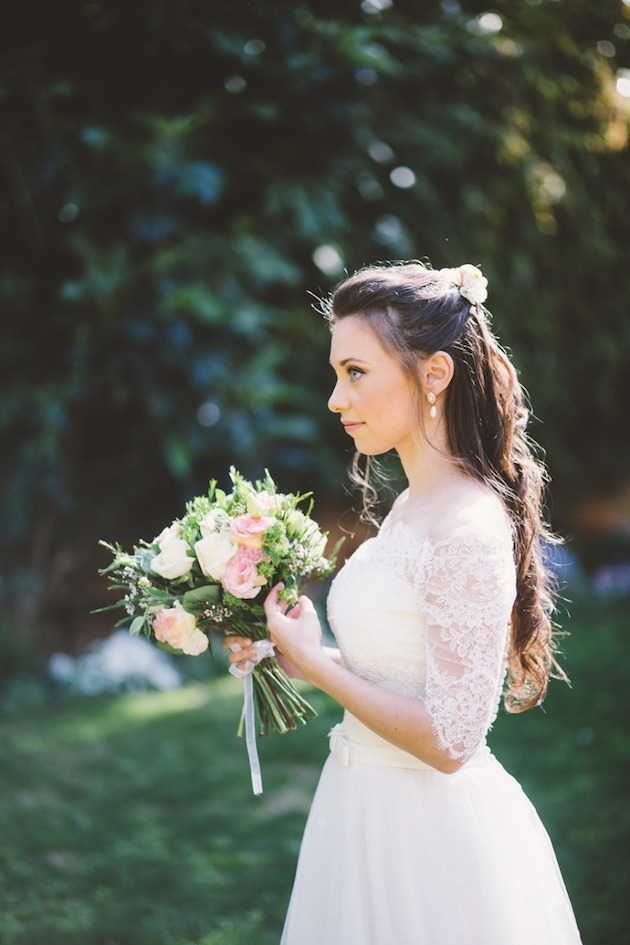 15 Gorgeous Half-Up Half-Down Hairstyles for Your Wedding | Bridal Musings Wedding Blog 5