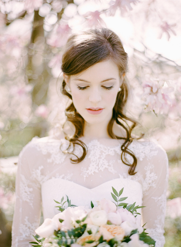 15 Gorgeous Half-Up Half-Down Hairstyles for Your Wedding | Bridal Musings Wedding Blog 6