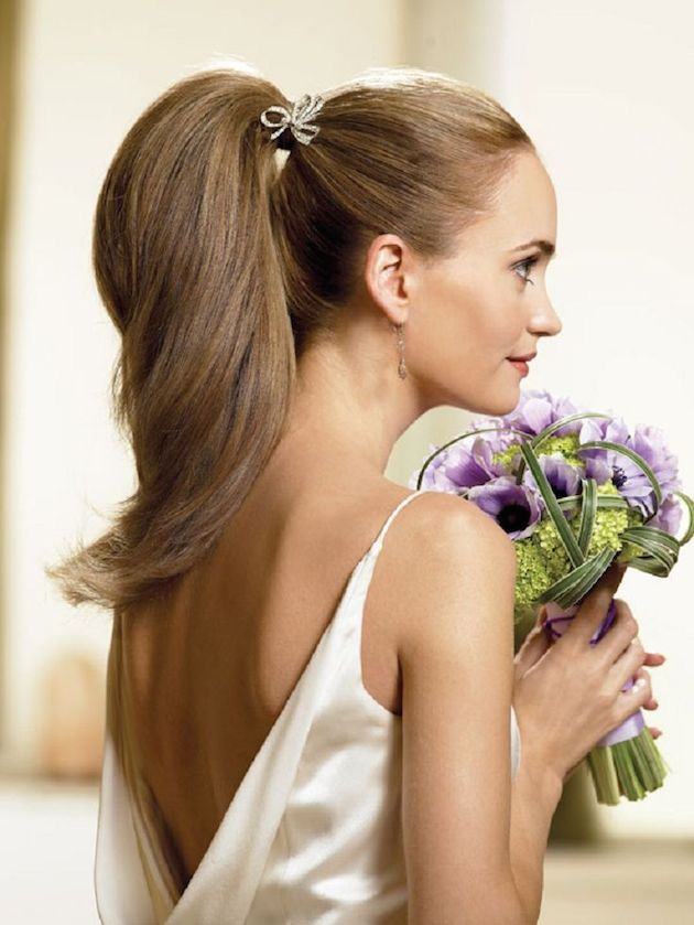 Brides with Pony Tails | Pony Tail Wedding Hair | Bridal Musings Wedding Blog8