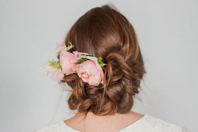 Easy-Braided-Upstyle-Wedding-Hair-Tutorial-Bridal-Musings-Wedding-Blog-8