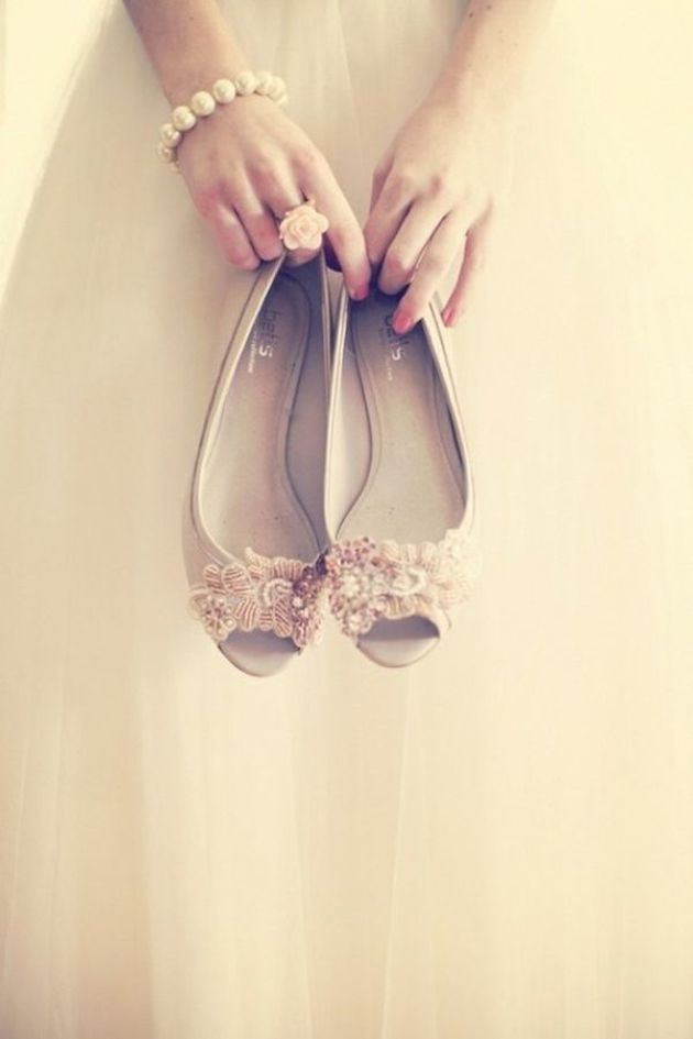 Flat Wedding Shoes | Flat Bridal Pumps | Bridal Musings Wedding Blog 11